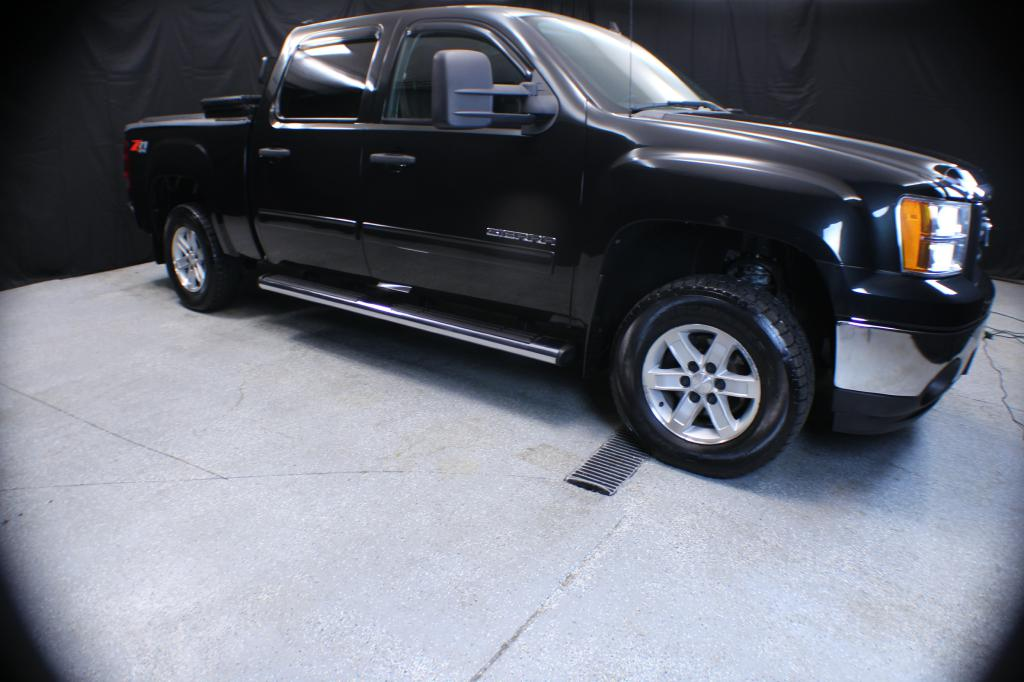2010 GMC SIERRA 1500 SLE CREW CAB 4X4 for sale at Solid Rock Auto Group