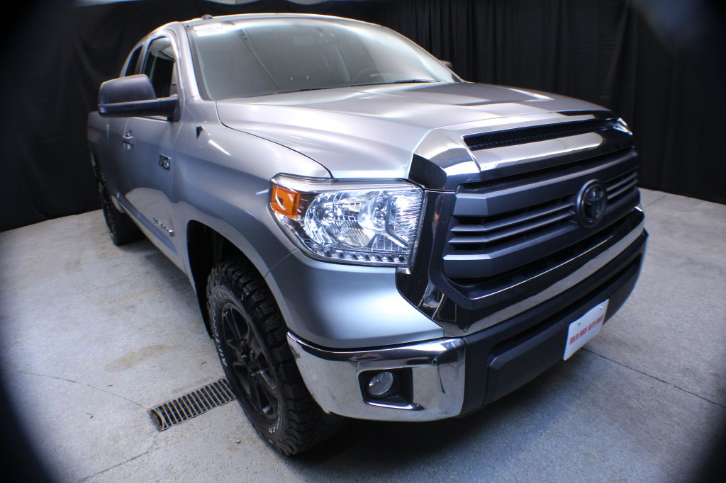 2015 TOYOTA TUNDRA DOUBLE CAB SR/SR5 for sale in Garrettsville, Ohio