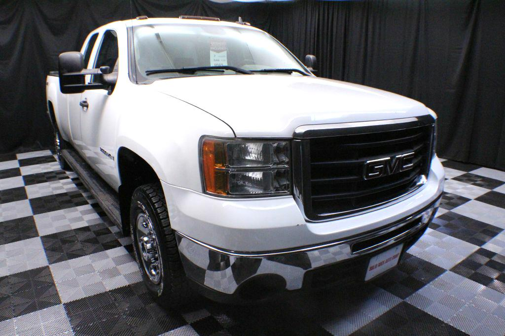 2009 GMC SIERRA 2500 HEAVY DUTY for sale at Solid Rock Auto Group