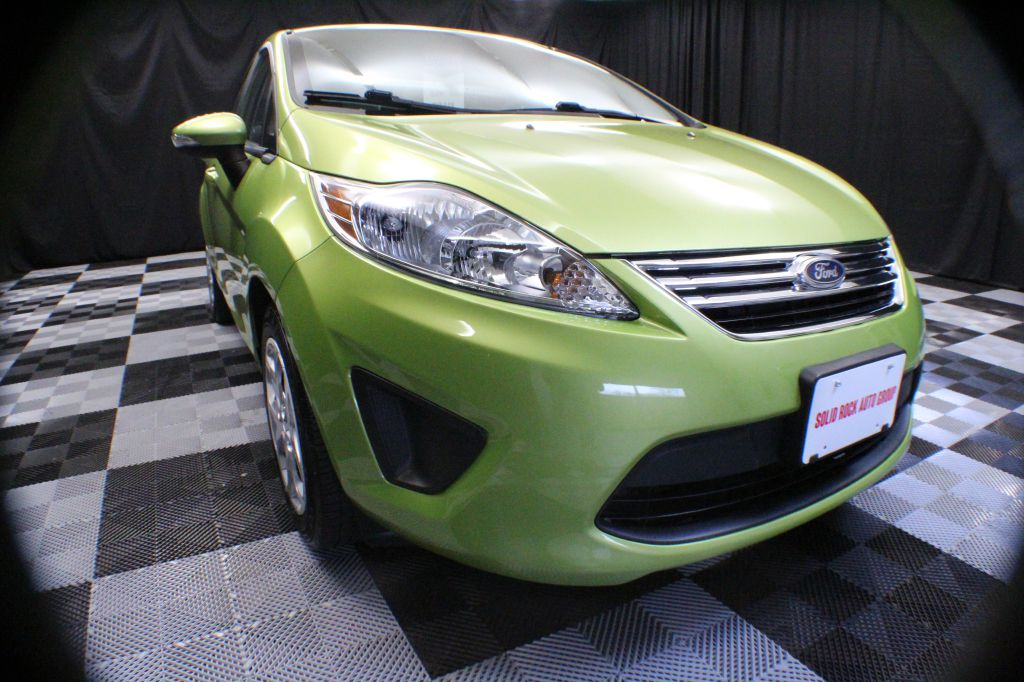 2013 FORD FIESTA SE for sale at Solid Rock Auto Group