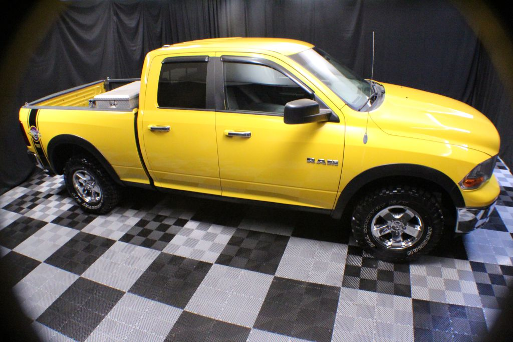 2009 DODGE RAM 1500 SLT CREW CAB for sale at Solid Rock Auto Group