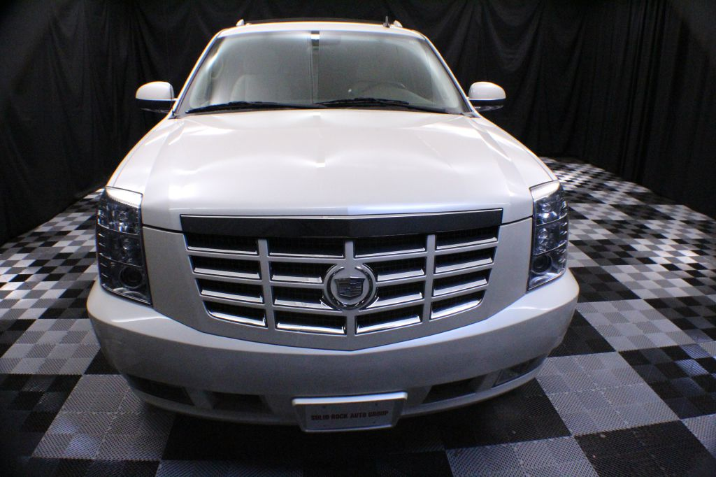 2009 CADILLAC ESCALADE EXT LUXURY for sale at Solid Rock Auto Group