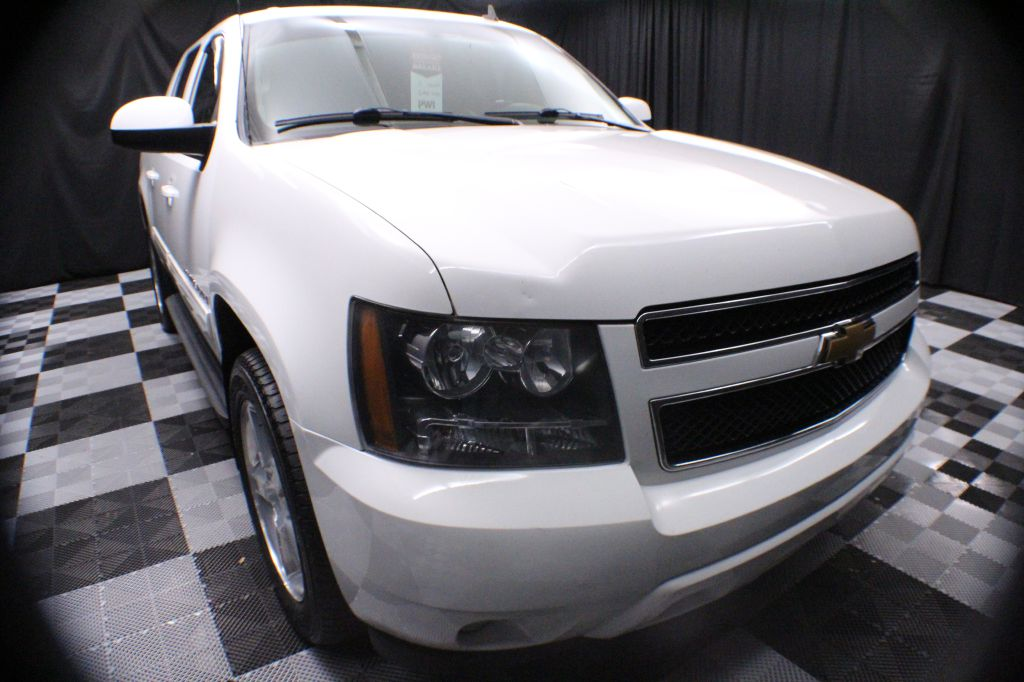 2009-CHEVROLET-AVALANCHE-1500 LT-FOR-SALE-Garrettsville-Ohio for sale at Solid Rock Auto Group