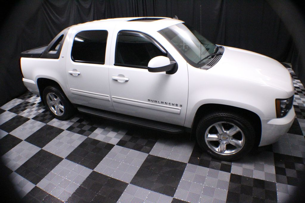 2009 CHEVROLET AVALANCHE 1500 LT for sale at Solid Rock Auto Group