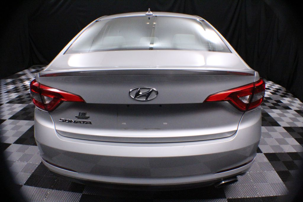 2016 HYUNDAI SONATA SE for sale at Solid Rock Auto Group