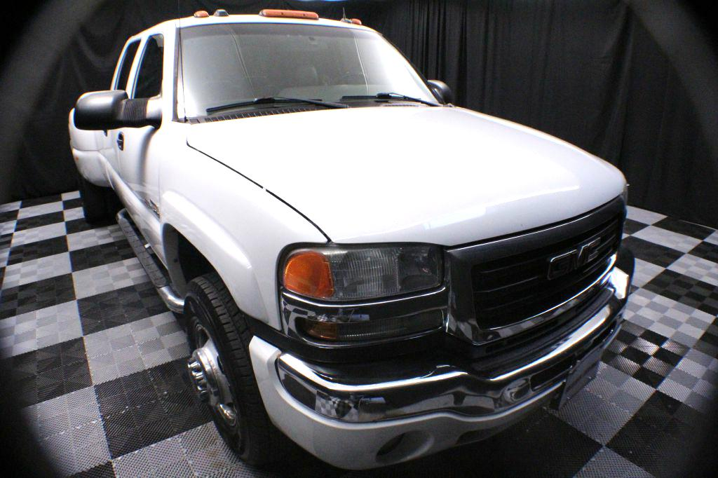 2005 GMC NEW SIERRA for sale at Solid Rock Auto Group
