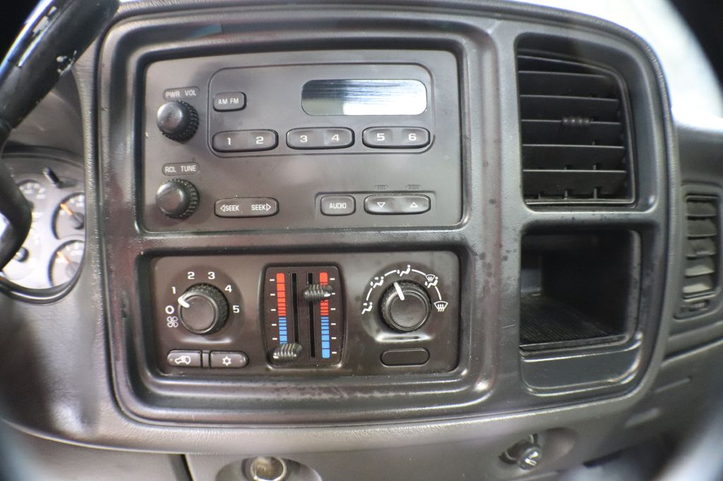 2005 GMC NEW SIERRA 1500 for sale at Solid Rock Auto Group