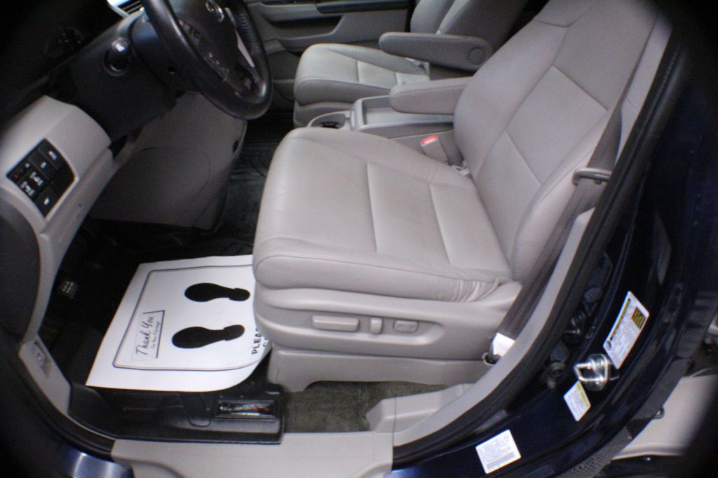 2016 HONDA ODYSSEY EXL for sale at Solid Rock Auto Group