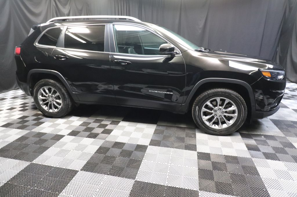 2019 JEEP CHEROKEE LATITUDE PLUS for sale at Solid Rock Auto Group