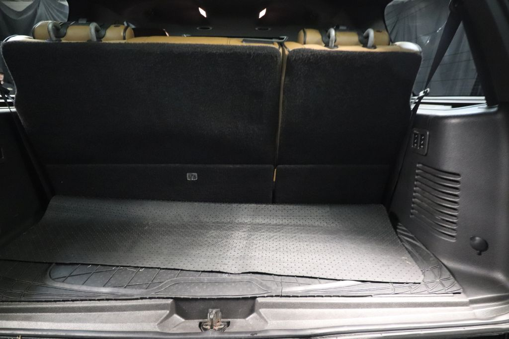 2013 LINCOLN NAVIGATOR LIMITED for sale at Solid Rock Auto Group