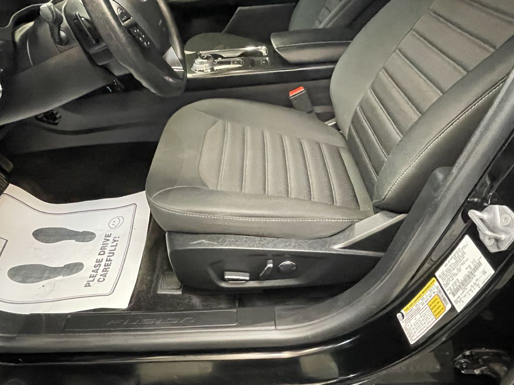 2018 FORD FUSION SE for sale at Solid Rock Auto Group