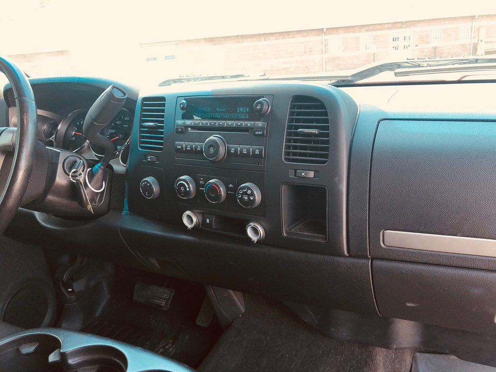 2009 CHEVROLET SILVERADO 1500  LT for sale at Colonial City Auto Sales