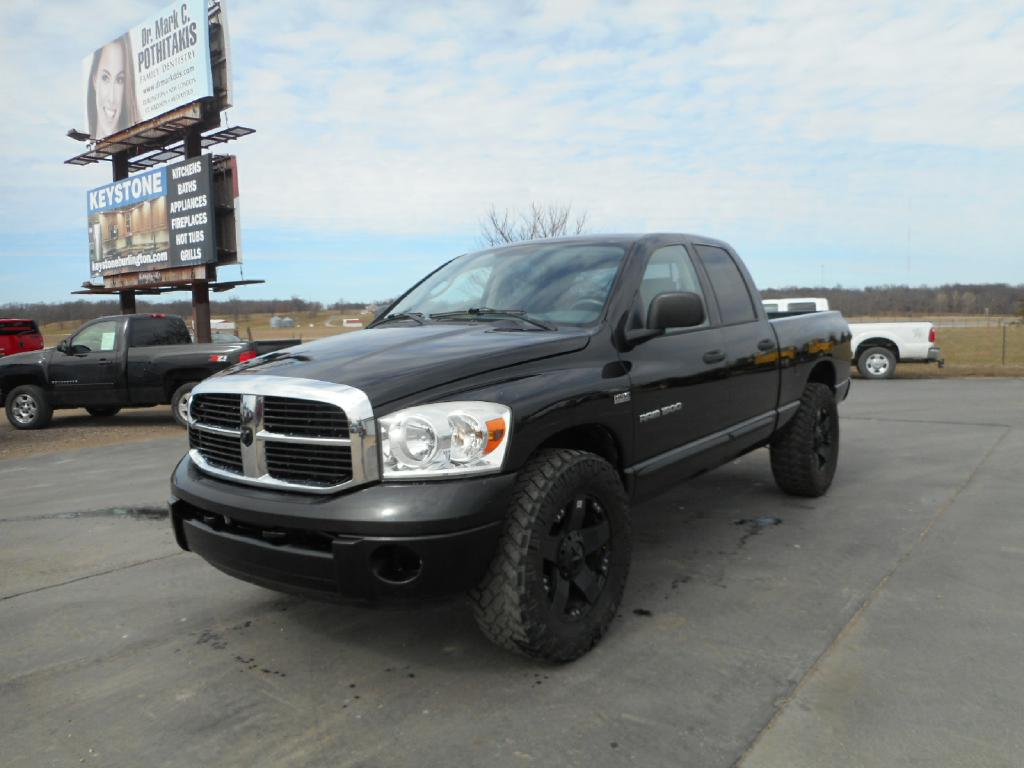 2007 DODGE RAM 1500  Footers Auto Sales Wever IA