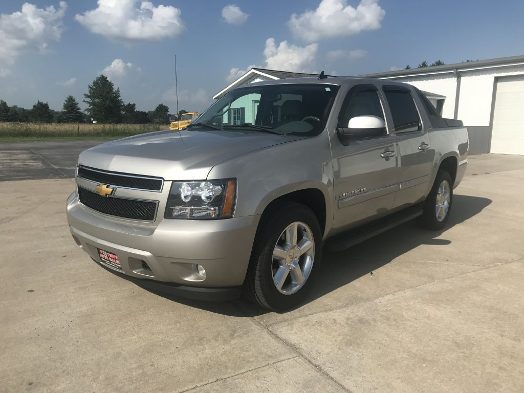 2009 CHEVROLET AVALANCHE  Footers Auto Sales Wever IA