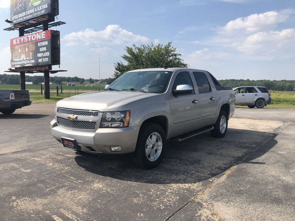 2008 CHEVROLET AVALANCHE  Footers Auto Sales Wever IA