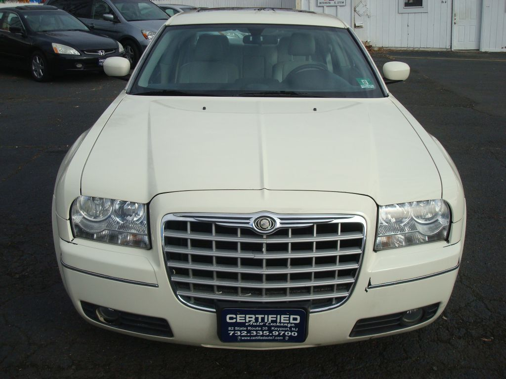 2006 CHRYSLER 300 2C3KA53G36H254290 CERTIFIED AUTO EXCHANGE