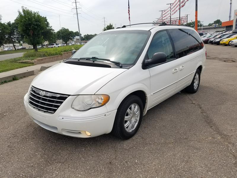 2005 CHRYSLER TOWN  COUNTRY TOURING Air Conditioning Power Windows Power Locks Power Steering