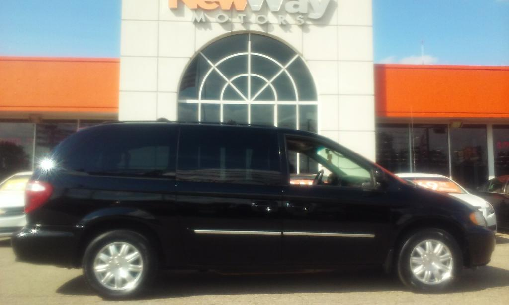 2006 CHRYSLER TOWN  COUNTRY TOURING Air Conditioning Power Windows Power Locks Power Steering