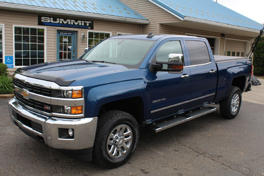 2015 CHEVROLET SILVERADO 2500 LT Z71 4x4 DURAMAX for sale at Summit Motorcars