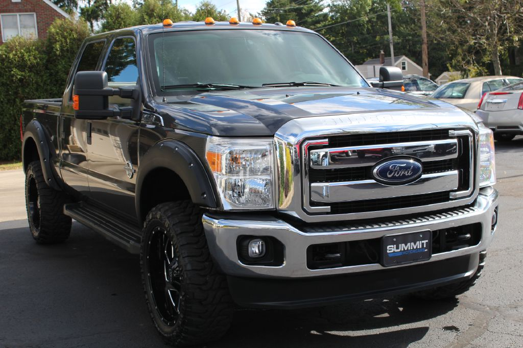 2016 FORD F250 SD XLT 4x4 POWERSTROKE for sale at Summit Motorcars