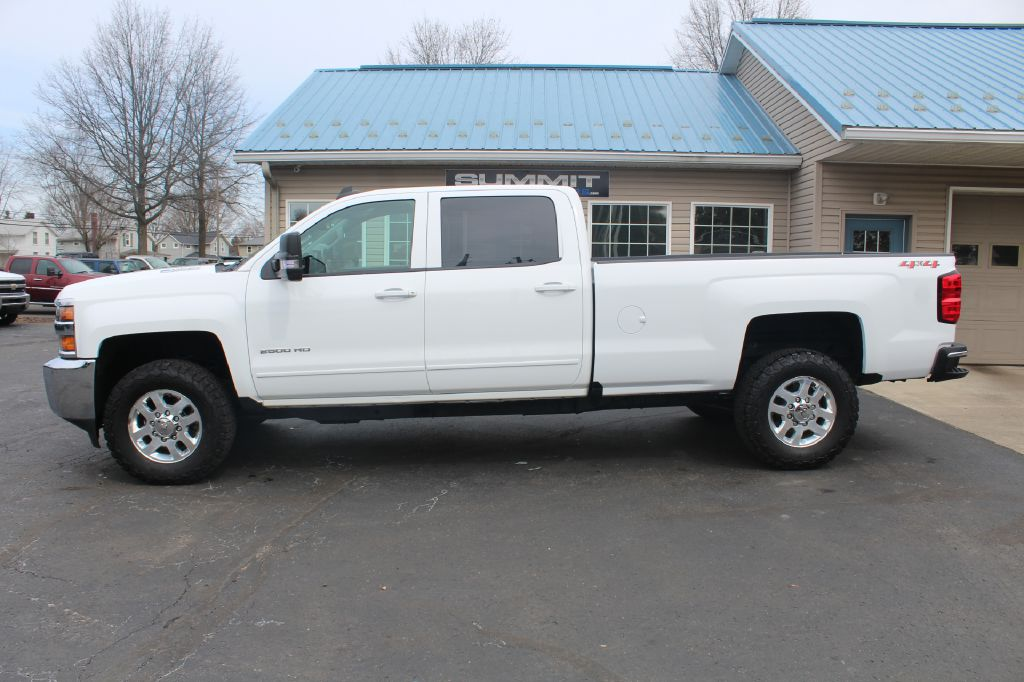 2015 CHEVROLET 2500 LT  LB LT 4x4 DURAMAX for sale at Summit Motorcars