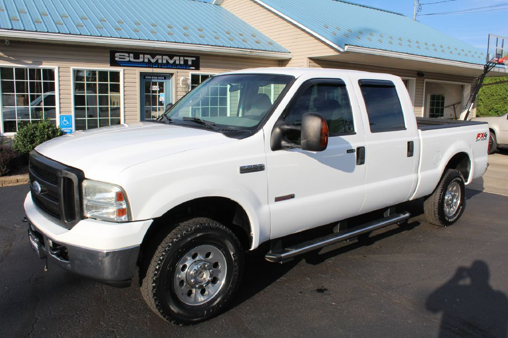 2011 FORD F250 SD LARIAT 4x4 POWERSTROKE for sale at Summit Motorcars