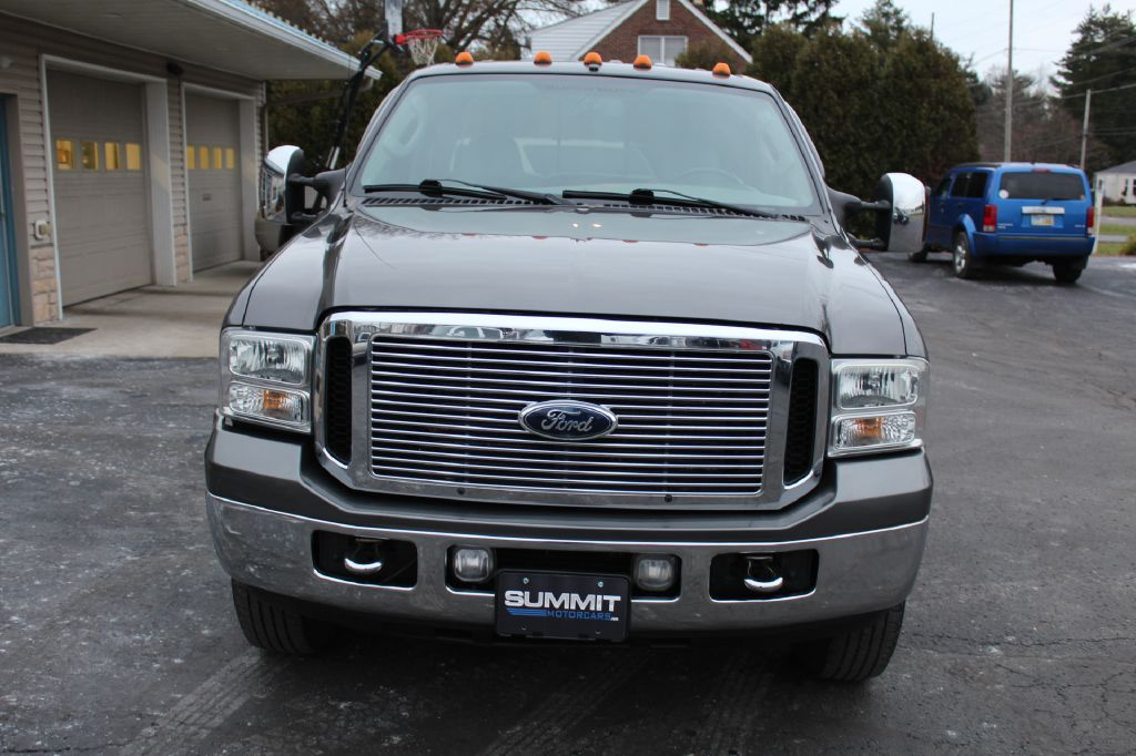 2006 FORD F350 LARIAT DRW LARIAT 4x4 POWERSTROKE for sale at Summit Motorcars
