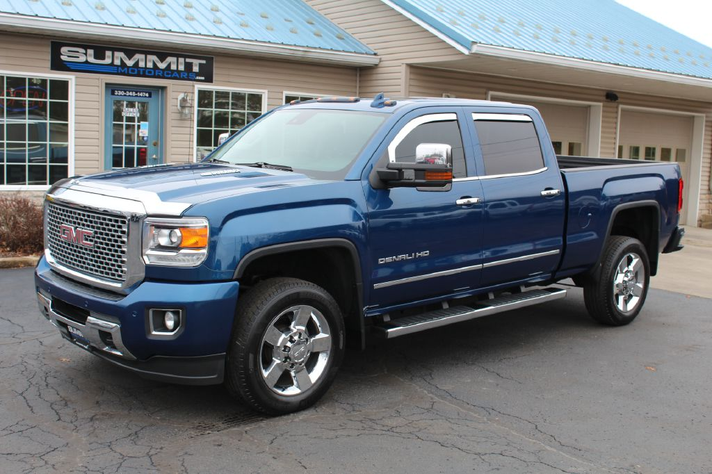 2016 GMC SIERRA 2500 LB 4x4 DURAMAX for sale at Summit Motorcars