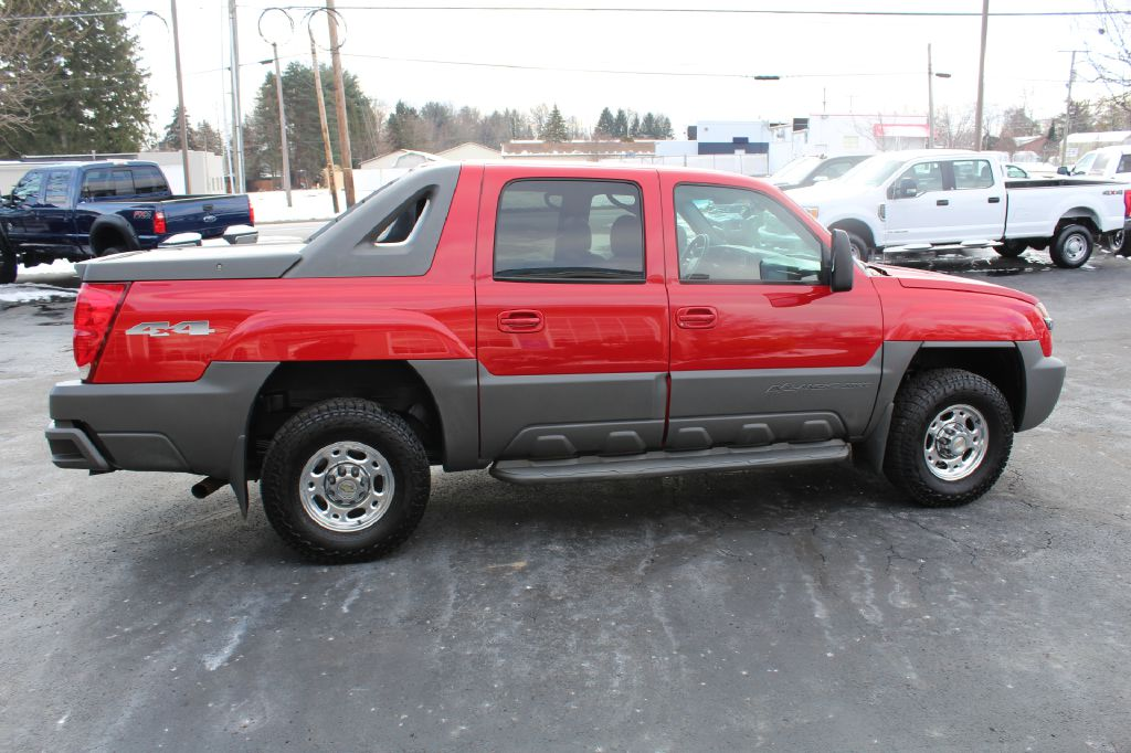 2002 CHEVROLET AVALANCHE 2500 4WD 8.1L for sale at Summit Motorcars