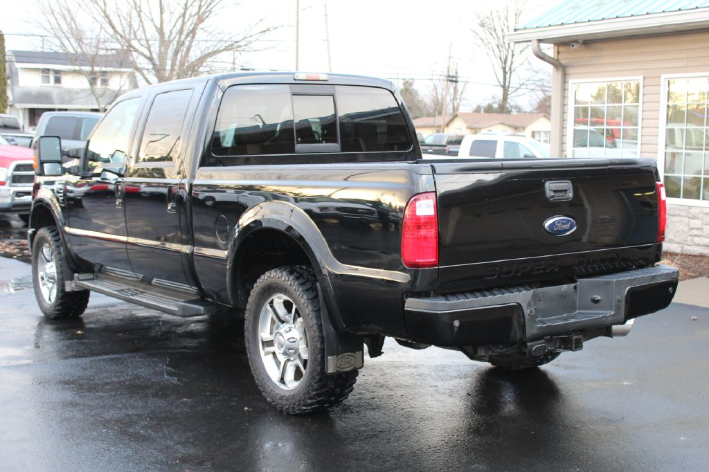 2008 FORD F250 HARLEY DAV HARLEY DAVIDSON 4X4 for sale at Summit Motorcars