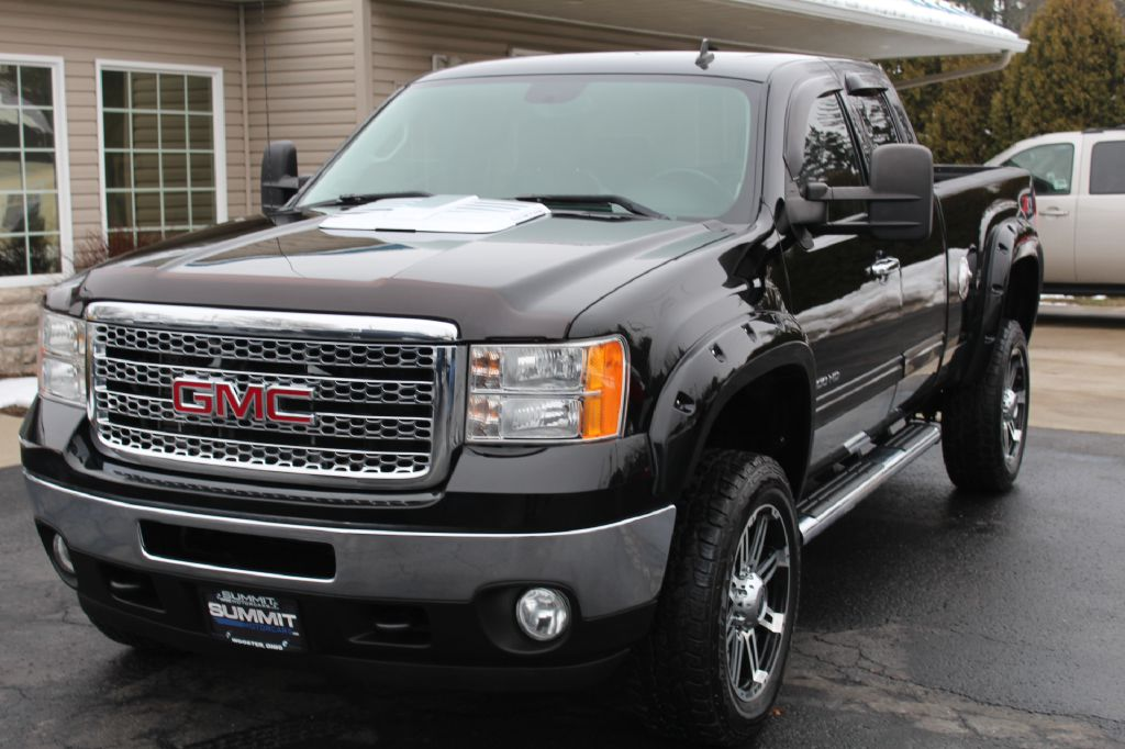 2011 GMC SIERRA 2500 SLT SLT 4WD DURAMAX for sale at Summit Motorcars