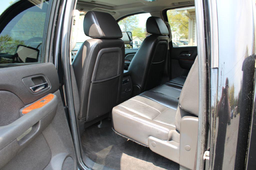 2008 GMC SIERRA 2500 SLT SLT 4WD DURAMAX for sale at Summit Motorcars