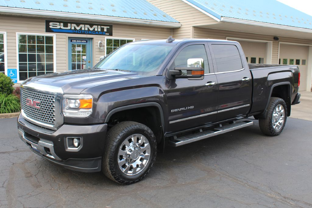 2015 GMC 2500 SLT LB SLT 4WD DURAMAX for sale at Summit Motorcars