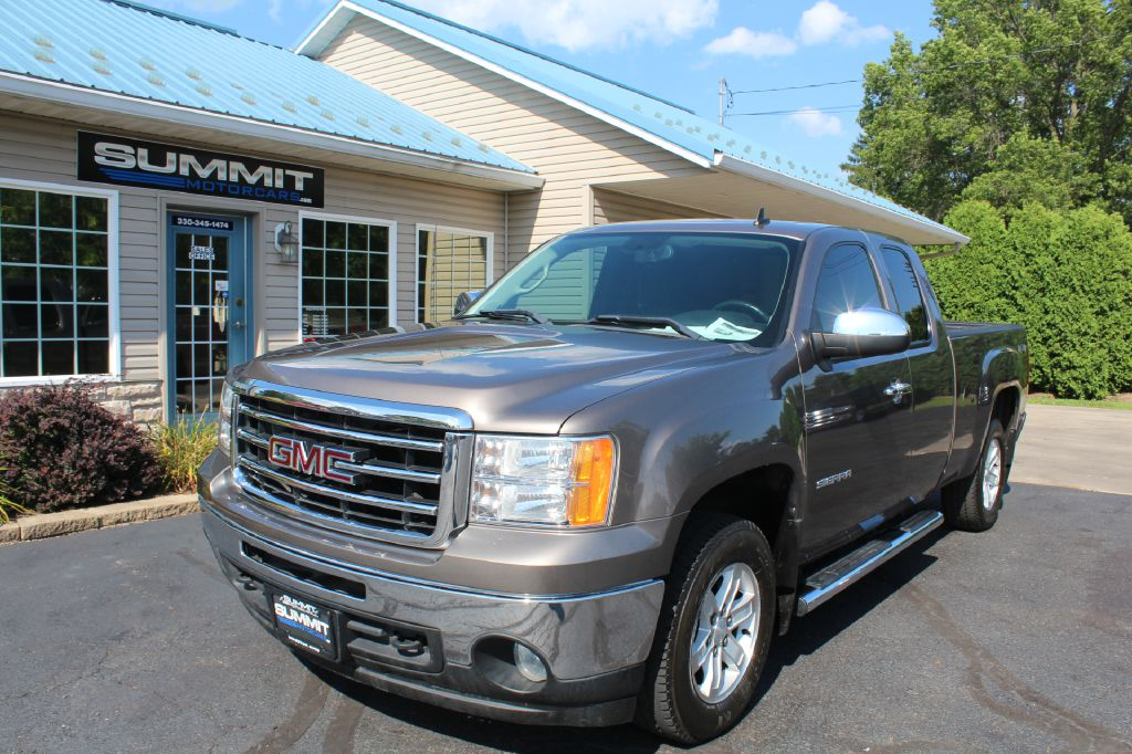 2016 GMC SIERRA 2500 SLE 4x4 SLE DURAMAX for sale at Summit Motorcars