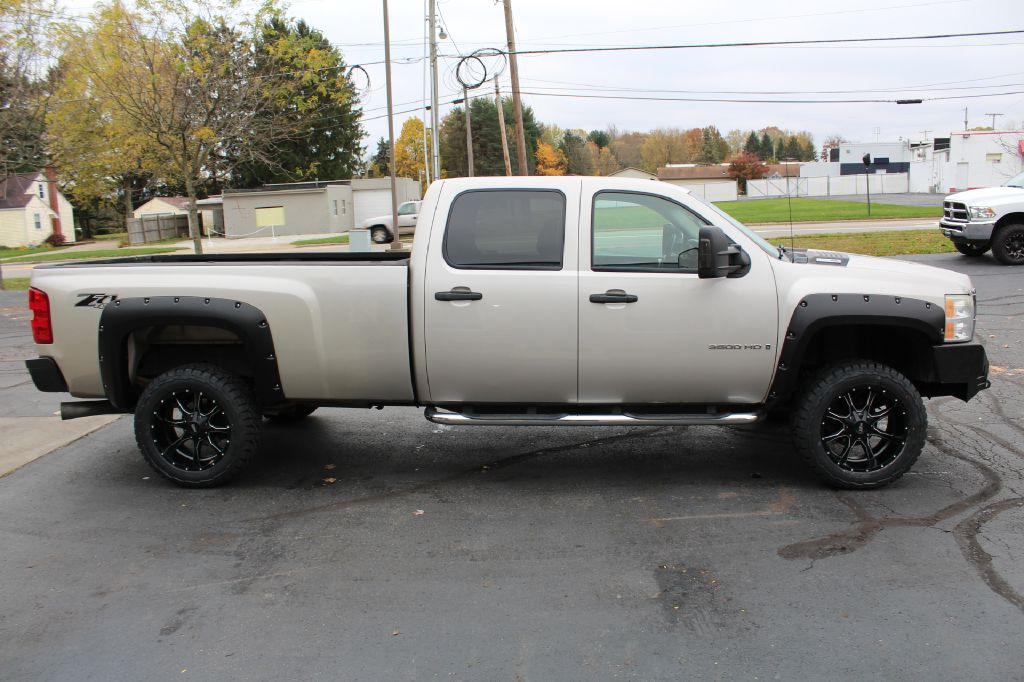 2007 CHEVROLET 3500 LT LB 4x4 LT LB DURAMAX for sale at Summit Motorcars