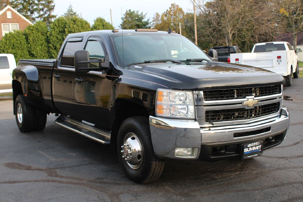 2007 CHEVROLET 3500 LTZ DRW 4x4 3500 DURAMAX for sale at Summit Motorcars