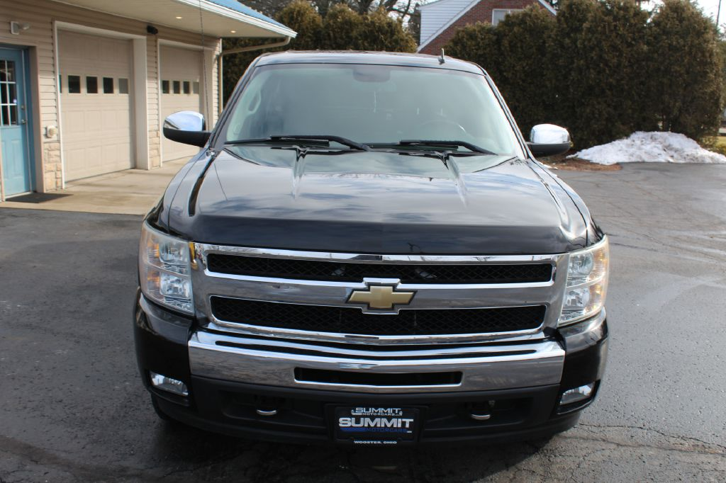 2011 CHEVROLET 1500 LT 4x4 LT for sale at Summit Motorcars