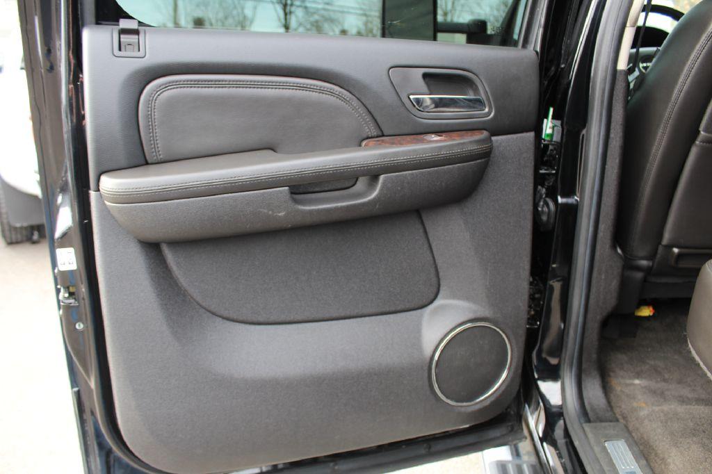 2013 GMC 2500 DENALI 4x4 DENALI DURAMAX for sale at Summit Motorcars