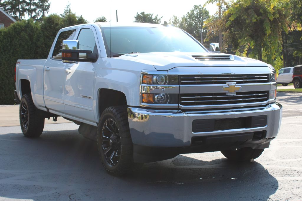 2018 CHEVROLET 2500 LT 4x4 LT DURAMAX for sale at Summit Motorcars