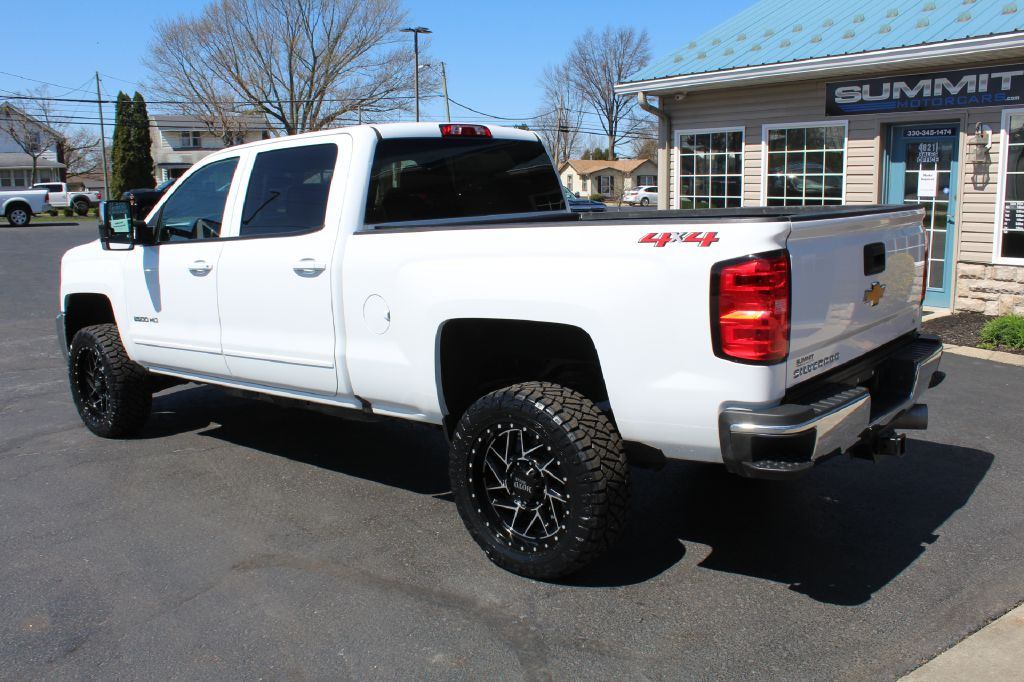 2019 CHEVROLET 2500 LT 4x4 LT DURAMAX for sale at Summit Motorcars