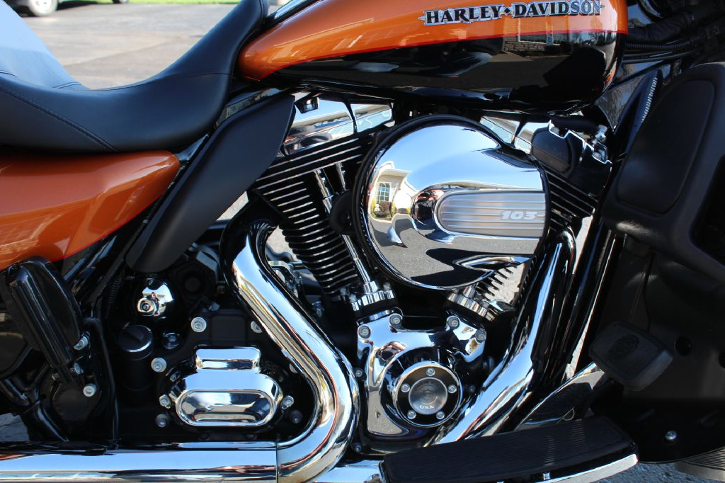 2016 HARLEY DAVIDSON FLHTKL ULTRA CLASSIC LOW for sale at Summit Motorcars