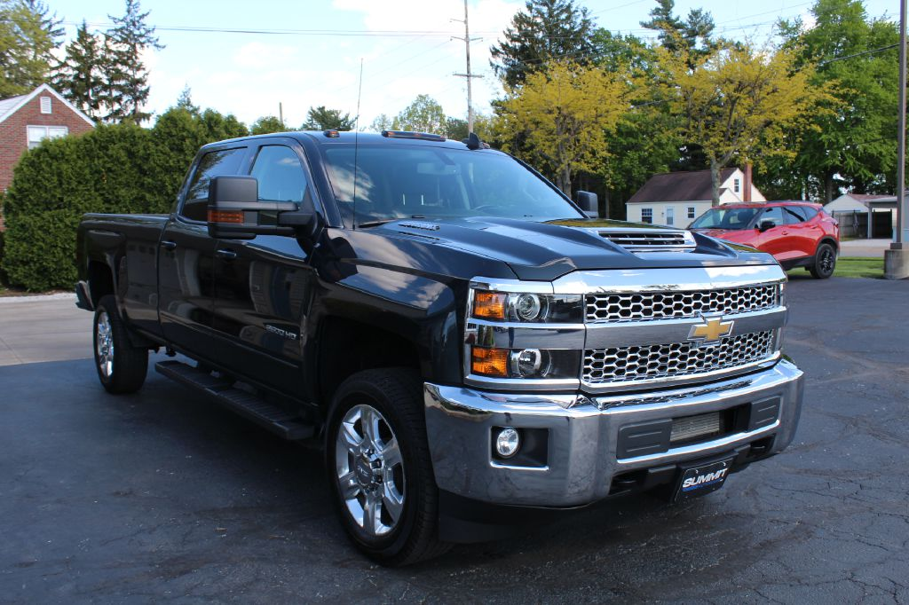 2019 CHEVROLET 2500 LT LB 4x4 LT LONG BED DURAMAX for sale at Summit Motorcars