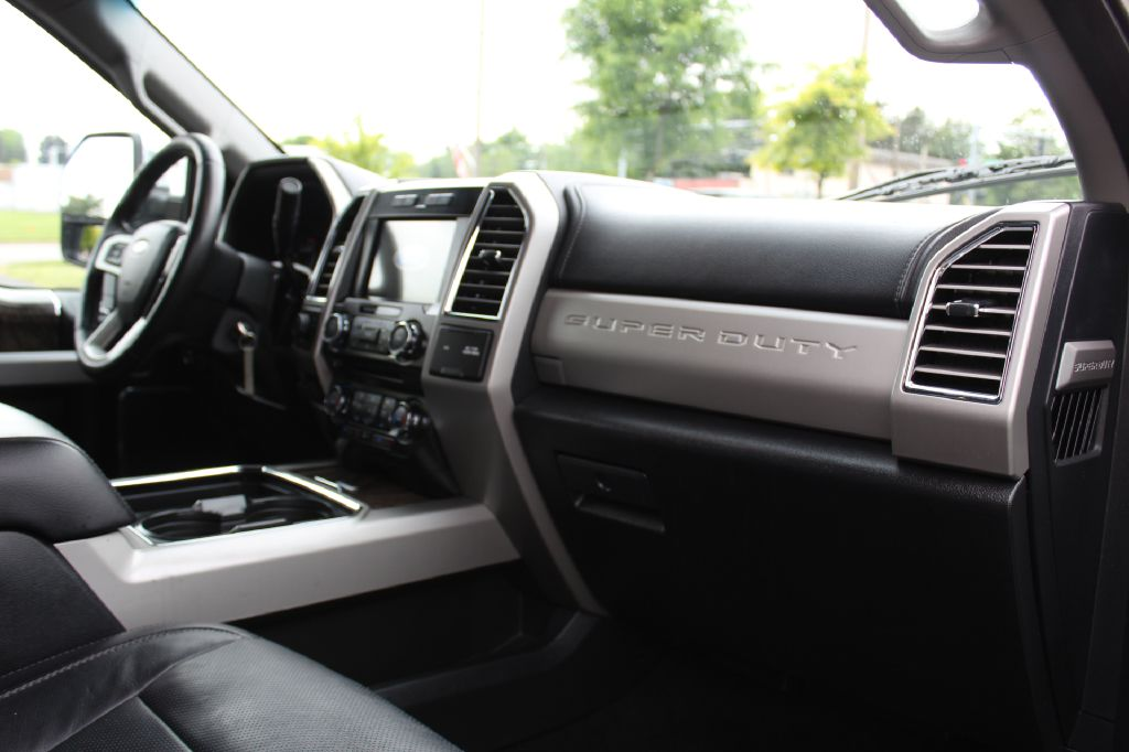 2017 FORD F350 LARIAT FX4 4x4 LARIAT FX4 LB POWERSTROKE for sale at Summit Motorcars