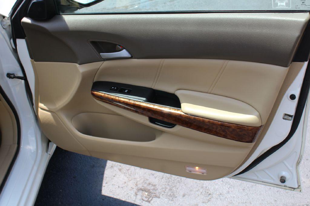 2009 HONDA ACCORD EX-L EXL for sale at Summit Motorcars
