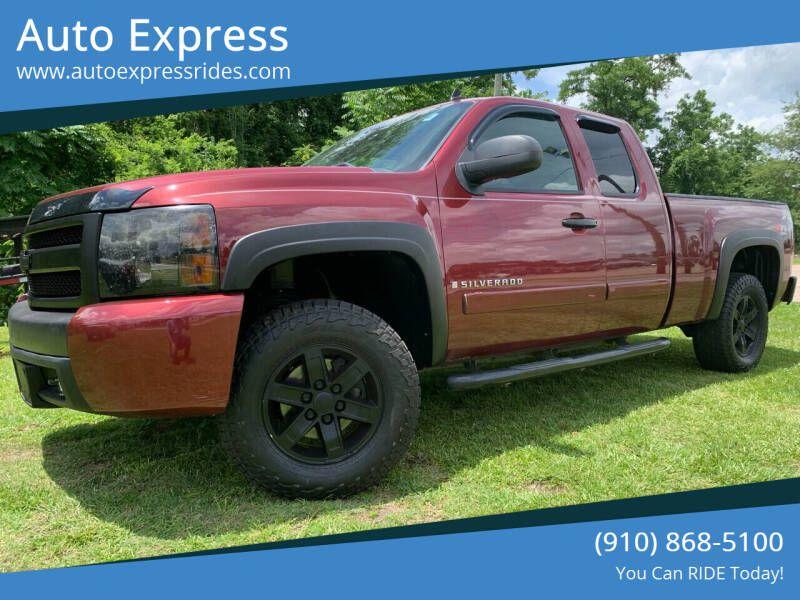 2008 CHEVROLET SILVERADO 1500 1GCEK19J98Z162220 AUTO EXPRESS