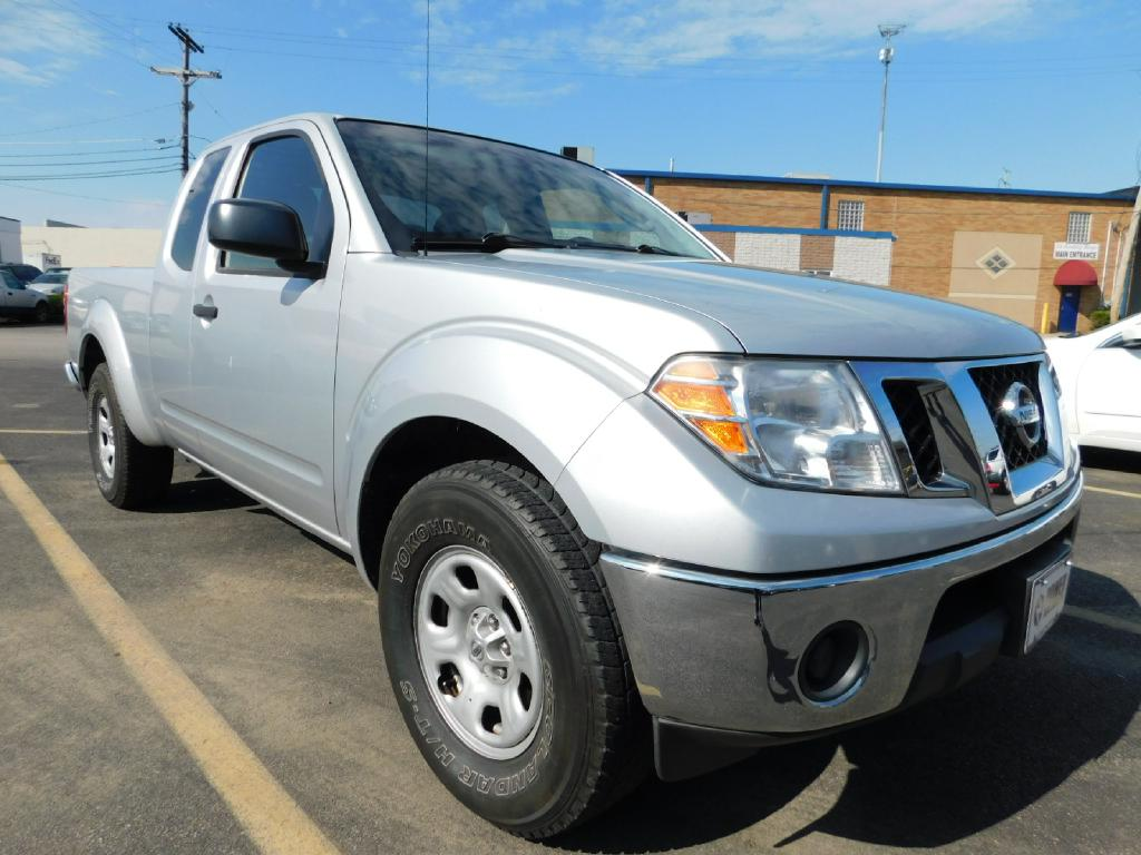 2009 NISSAN FRONTIER KING CAB SE