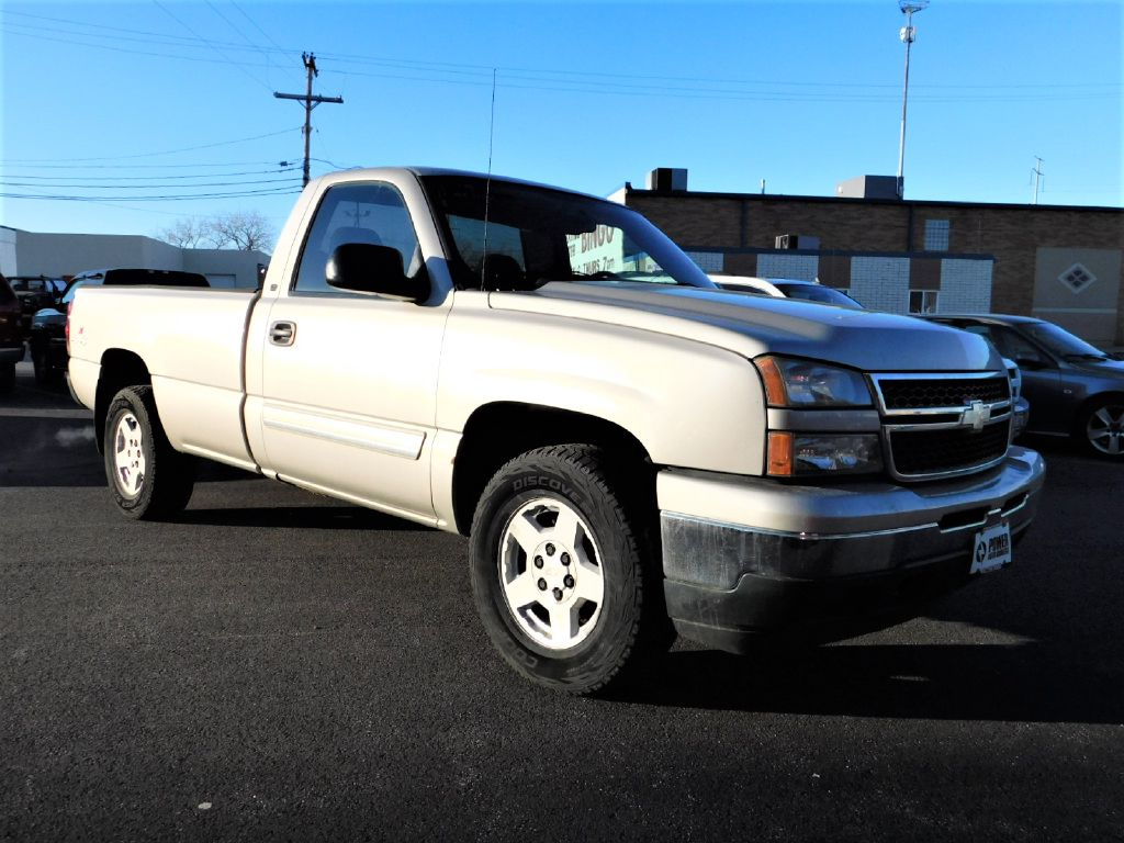2006 CHEVROLET SILVERADO 1500 LT 4x4 REG CAB LONG BED