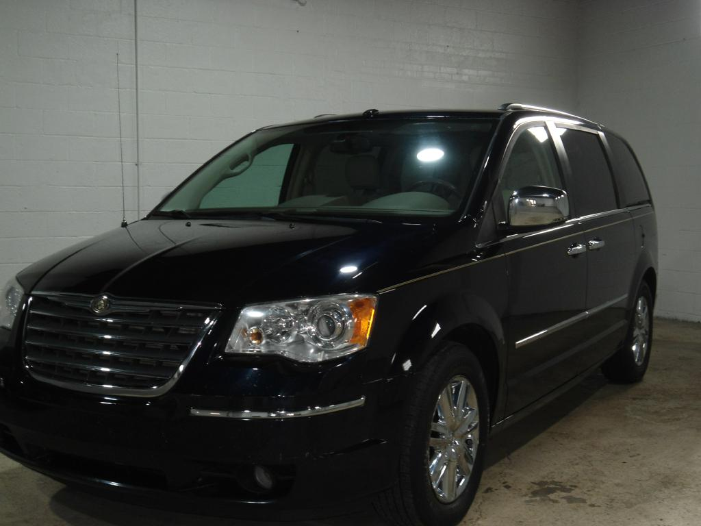 2010 CHRYSLER TOWN & COUNTRY 2A4RR6DX1AR152250 OHIO MOTOR CARS