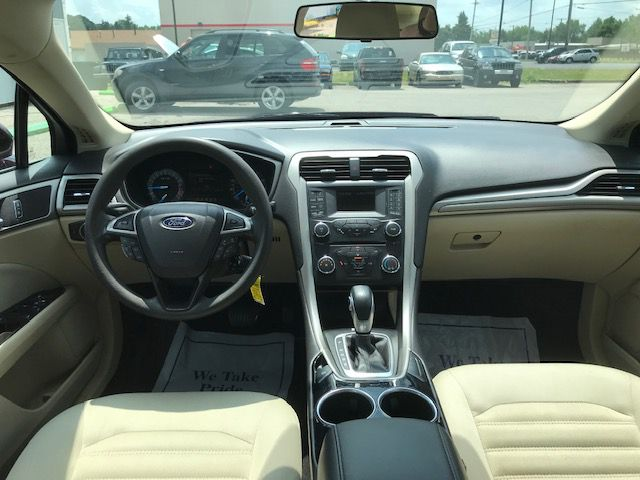 2013 FORD FUSION SE for sale at Zombie Johns