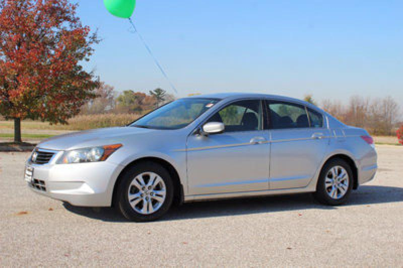 2009 HONDA ACCORD LXP Air Conditioning Power Windows Power Locks Power Steering Tilt Wheel AM